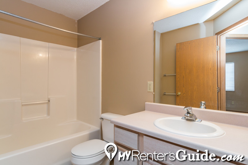 WestPointe Apartments & Townhomes Photo #17