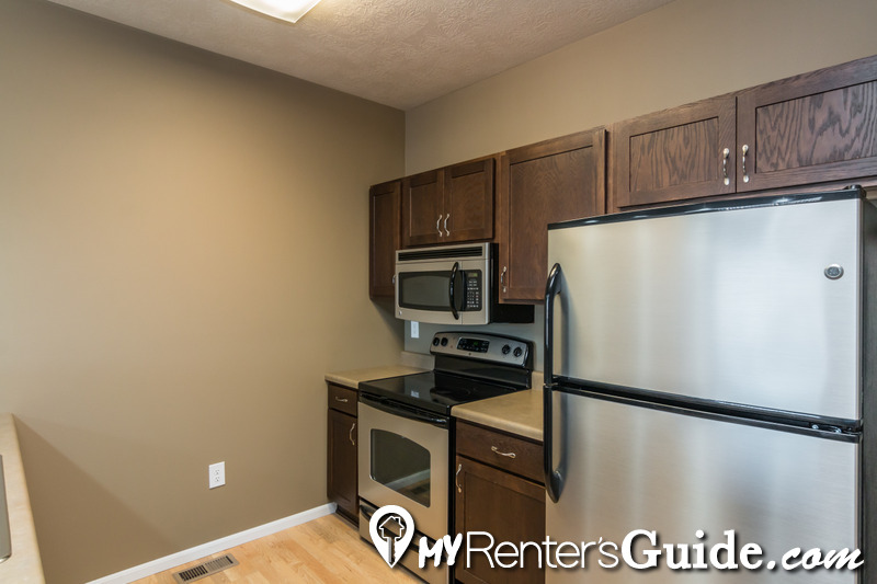 MacArthur Square Apartments | Apartments For Rent | MyRentersGuide