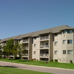 Sterling Green Estate Apartments Photo