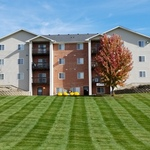 Country Club Apartments Photo