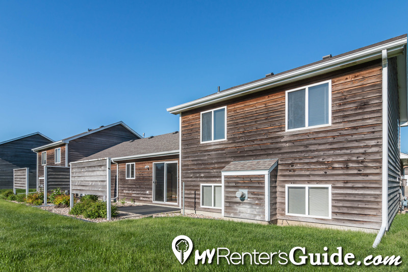 Cottage west twin homes apartments for rent sioux falls for Cabins in sioux falls sd