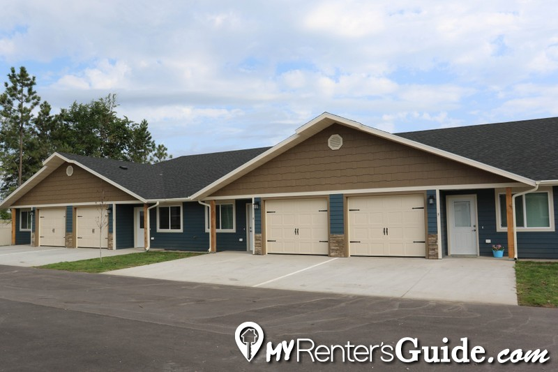 Augusta Place Townhomes Apartments For Rent Brandon