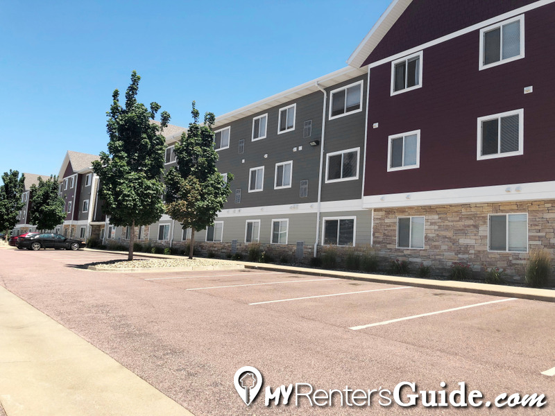 Willow Creek Apartments & Townhomes Photo #1