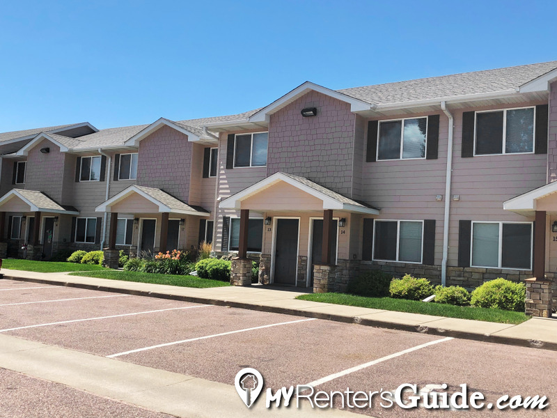 Willow Creek Apartments & Townhomes Photo #0