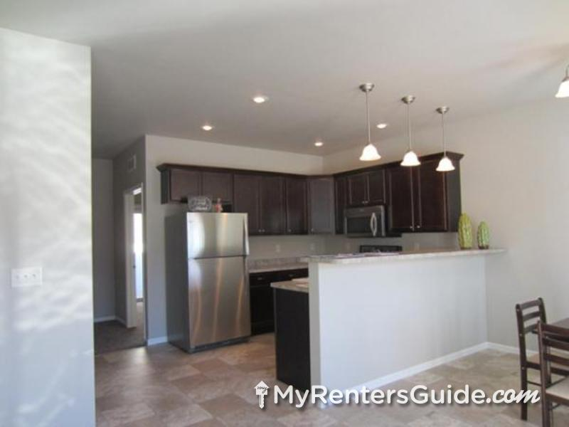 Evergreen Townhomes Photo #1