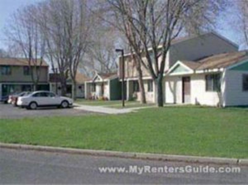 Green Meadows Townhomes Photo #1