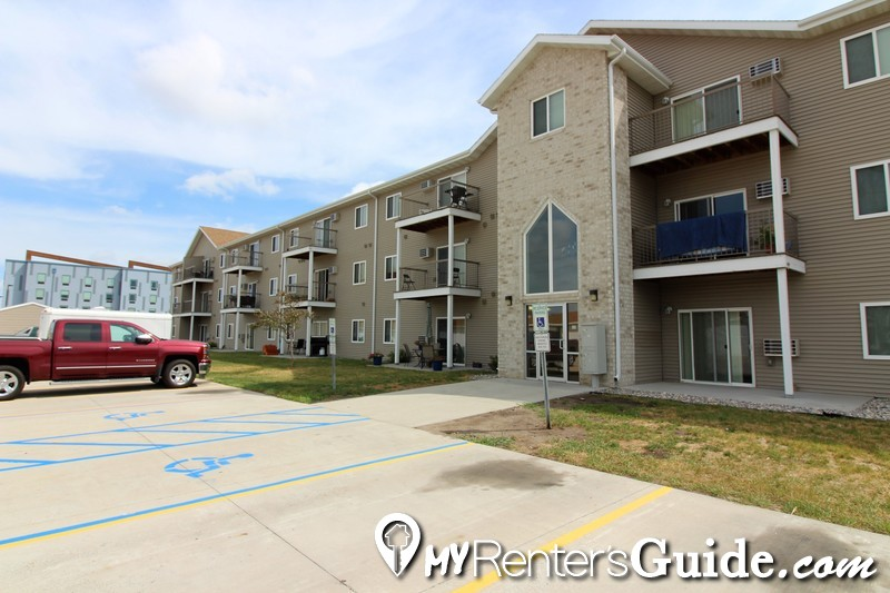 Country Meadows Apartments Photo #1