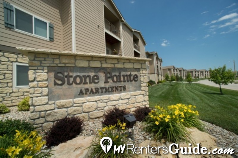 Stone Pointe Apartments  Photo #0